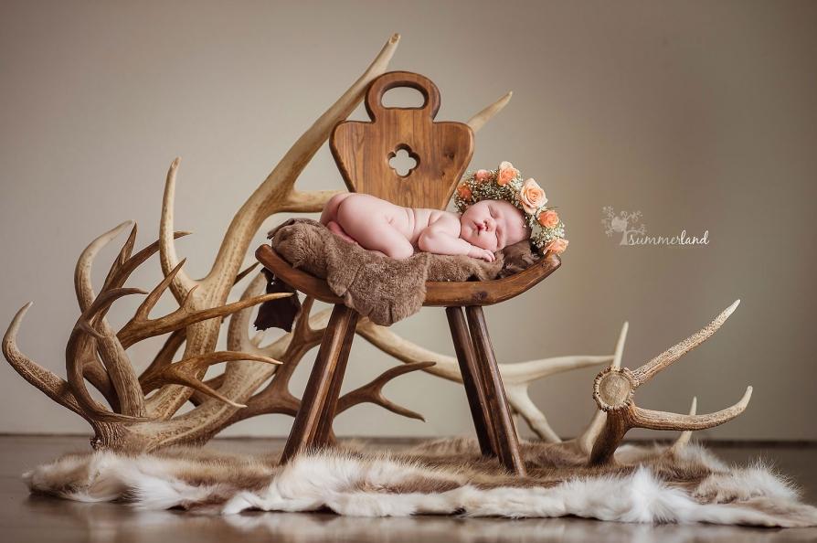 Fine art portraits of babies in Kennewick , WA